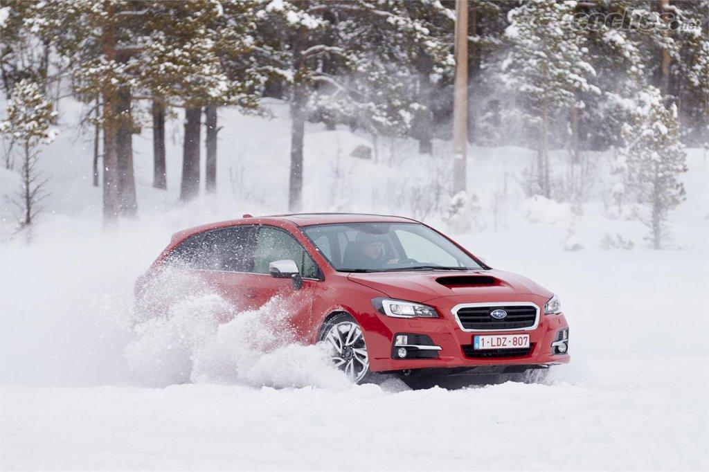 Subaru en la nieve